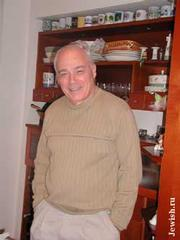 http://www.jewish.ru/culture/events/2001/06/pozner7.jpg