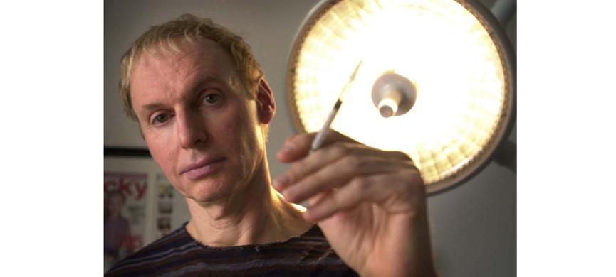 Доктор Ботокс: человек, который делал лица Мадонне, Наоми Кемпбелл, Кельвину Кляйну