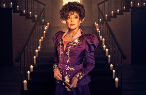<p>AMERICAN HORROR STORY: APOCALYPSE -- Pictured: Joan Collins as Evie Gallant. CR: Kurt Iswarienko/FX</p>